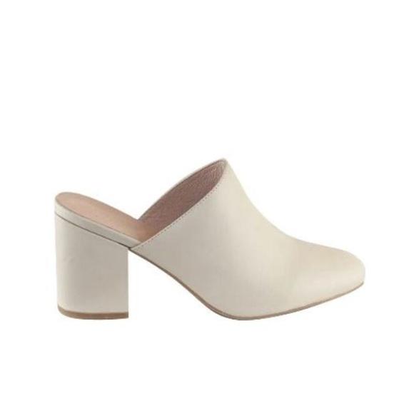 CHAUSSURES - Chaussures à lacetsINTENTIONALLY_______. gjuSKOHKvd